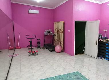 Rumah dan ruang usaha_mustika Jaya_Bapak Tedi (6)