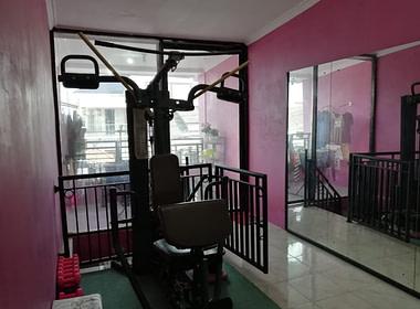Rumah dan ruang usaha_mustika Jaya_Bapak Tedi (9)